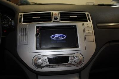 Ramka radiowa 2 DIN zestaw Ford Focus,C-Max 05-> srebrna