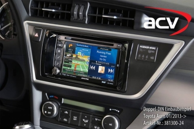 Ramka radiowa 2 DIN Toyota Auris 01/2013->