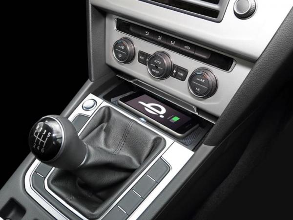 Inbay ładowarka indukcyjna Volkswagen Passat (B8) 2014->