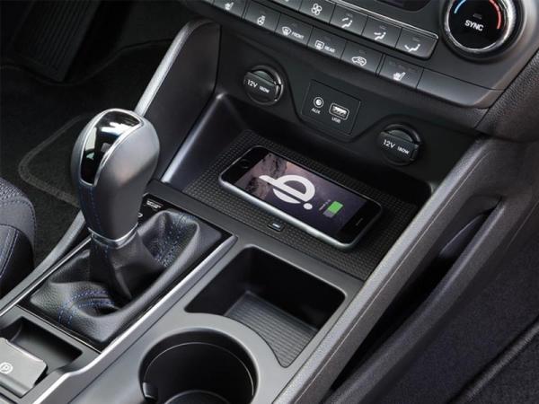 Inbay ładowarka indukcyjna Hyundai Tucson 2015 ->